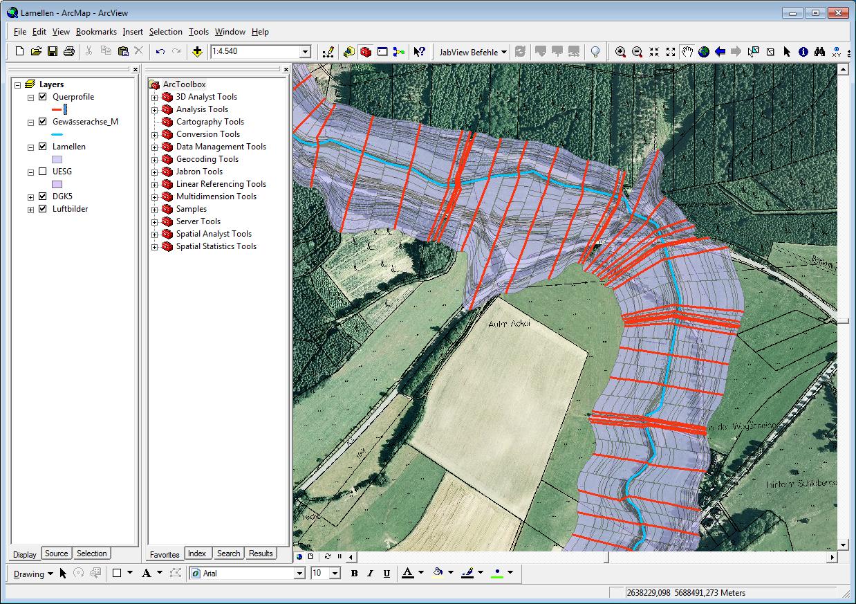 JabView ermöglicht es, Querprofil-Daten als Gewässer-Lamellen in der Karte anzuzeigen.