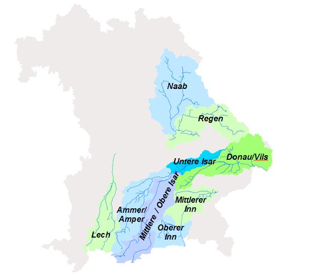 Die von Hydrotec bearbeiteten Fluss-einzugsgebiete in Bayern – grüne Flächen: Modellierung, blaue Flächen: Qualitäts-sicherung.