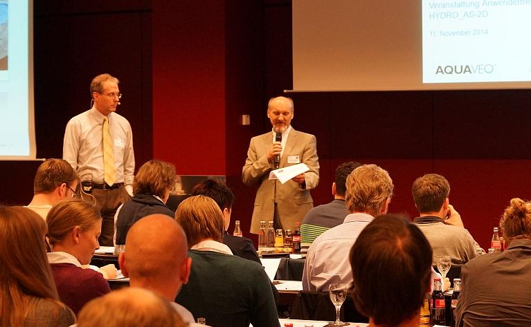 Dr. Marinko Nujic stellt Professor Alan Zundel (Aquaveo) vor.