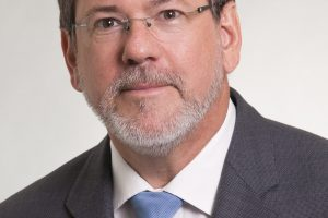 Dr. Hartmut Sacher