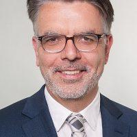 Dr. Oliver Buchholz